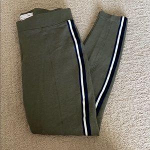 Old Navy Stevie stretch slim fit pants
